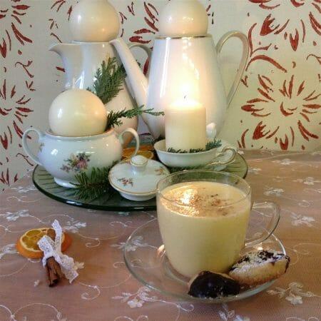 Weihnachtszeit | Das Rezept für den Eierpunsch gibt es in unserem Blog