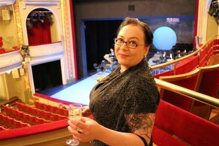 Der perfekte Look für einen Opernbesuch