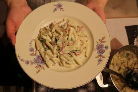 One Pot Pasta nach einem Rezept von Emillie Perrin