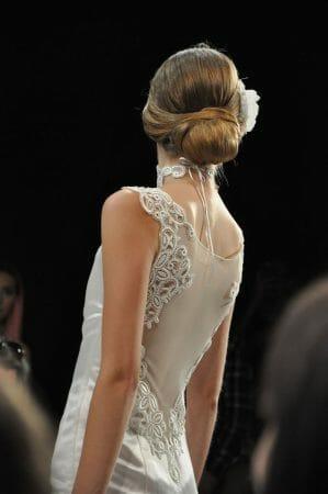 Brautkleid von Julia Starp mit Plauener Spitze und Hemp Silk