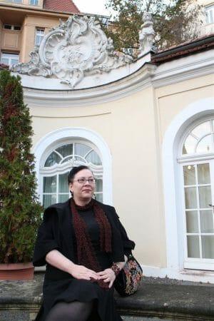 Edel und elegant Accessoires aus Plauener Spitze