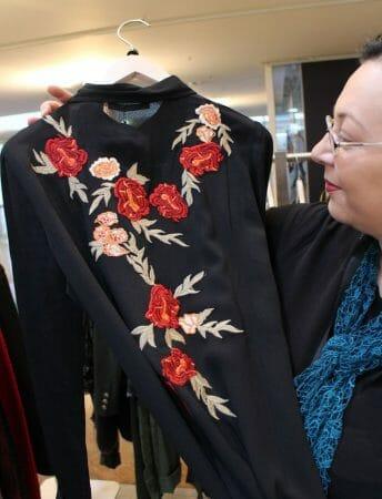 Trend Strickerei in der Mode - Kleid von Summum