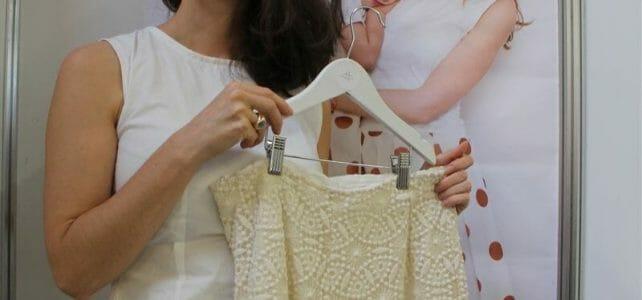 Nachhaltige Mode von Sophia Schneider-Esleben - Hose aus GOTS zertifizierter Spitze der Modespitze Plauen