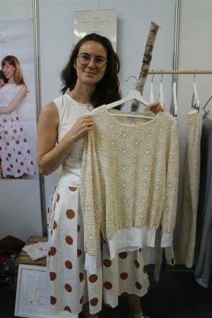 Nachhaltige Mode von Sophia Schneider-Esleben - Pullover aus GOTS zertifizierter Spitze der Modespitze Plauen