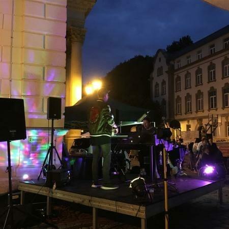 Spontane Konzerteinlage nach der Spitzenfestgala vom Duo Stiehler/Lucaciu