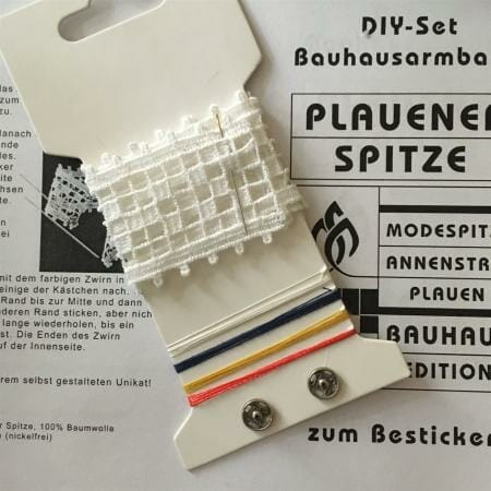 DIY-Set für ein Armband aus Plauener Spitze zum Besticken - Bauhaus