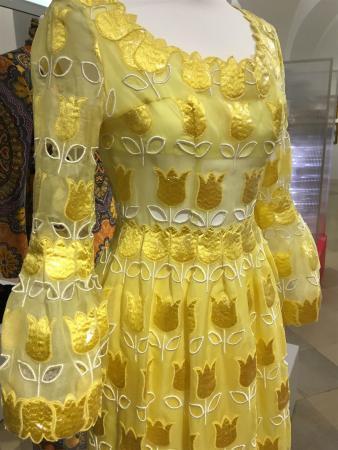 Kleid Paola Dresses - 250 Jahre Mode - Die Ausstellung im Historischen und Völkerkundemuseum in St. Gallen