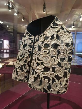 Die Geschichte der Textilindustrie, besonders der Spitze im Textilmuseum St. Gallen