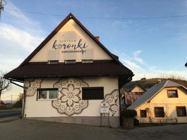 Das Museum für Spitze -Koronki in Koniakow in Polen