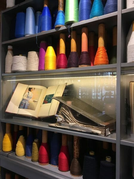 Sehenswerte Ausstelung im Textilmuseum für Wirkerei  in Limbach-Oberfrohna in Sachsen: das Esche Museum
