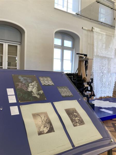 Nouveautes - Ausstellung im Kunstgewerbemuseum im Schloss Pillnitz