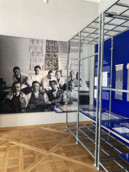 Nouveautes - Ausstellung über die Plauener Kunstschule, Spitzenindustrie und textile Entwürfe im Kunstgewerbemuseum im Schloss Pillnitz